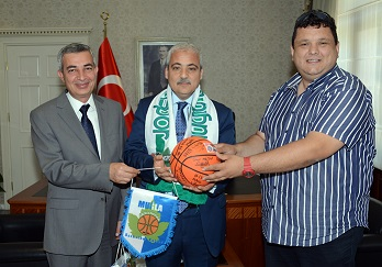 Vali Güvençer'i Ormanspor'u kabul etti