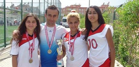 Muğlalı hokeyciler Süper Lig'te