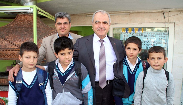 """Prof. Dr. Mansur HARMANDAR """"Aile ve gençlik yaşam merkezleri açacağız"""""""