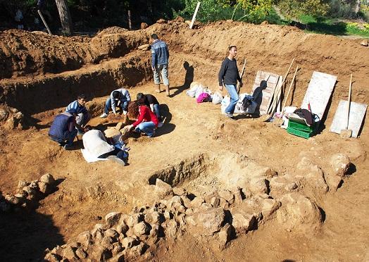 2 bin 500 yıllık mezar bulundu