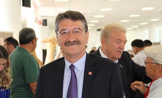 Öztürk: İktidar vekili ve başkanı güldürüyor