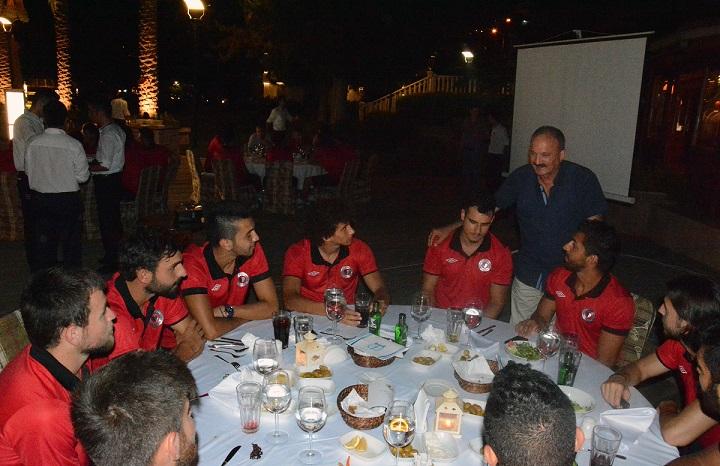 Fethiyespor camiası yemekte buluştu