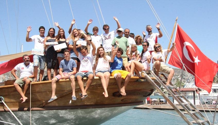 Okul Gemisi gençleri ağırladı
