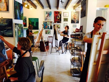 Bağımsız sanatçıların sergisi Midtown'da