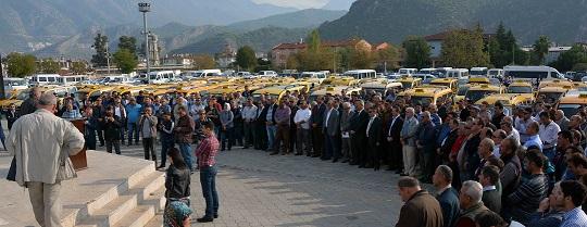 Fethiyeli taksiciler isyan etti!