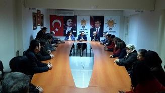 Davutoğlu'nun avukatından AK Parti'ye ziyaret