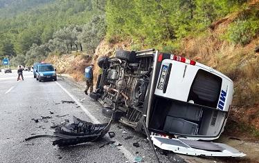 Sakar'da zincirleme kaza: 6 yaralı