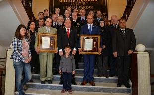 Şehit Aileleri ve Gazilere Övünç Madalyası