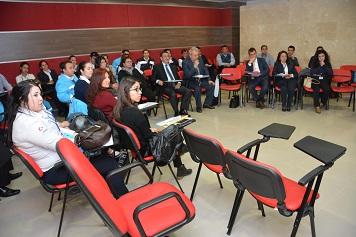 Büyükşehir'in eğitim seminerleri sürüyor