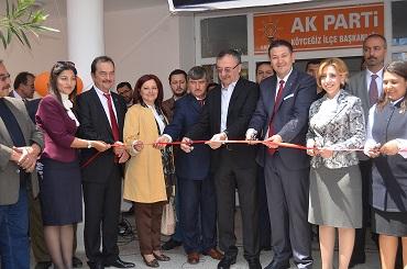 AK Parti seçim büroları açıldı