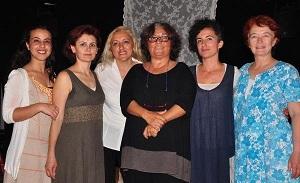 Datça'nın ilk yerel tiyatrosu perdelerini açtı