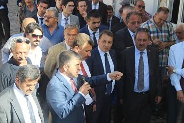 MHP MİLAS'I ŞAHA KALDIRDI
