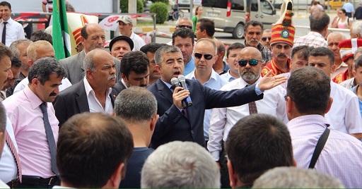 """""""BU YOL TEK BAŞINA İKTİDARA GİTMELİDİR"""""""