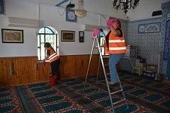 Fethiye'de camiler temizlendi