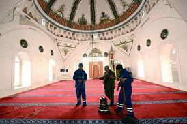 Menteşe'de camiler temizleniyor