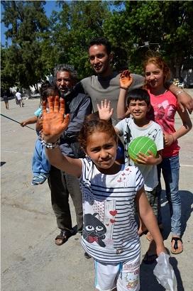 Türkmen mültecilerden hüzünlü veda