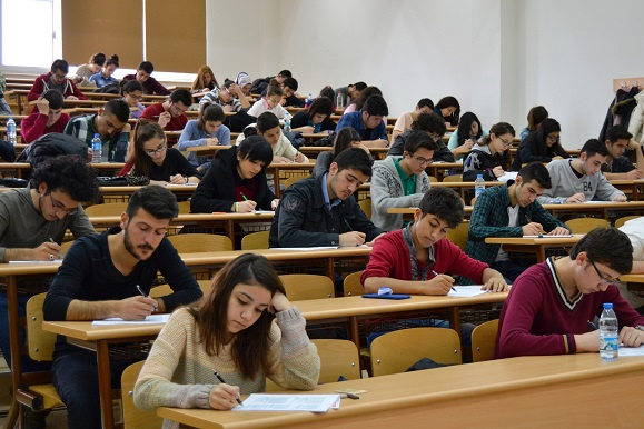 Anadolu Üniversitesi Turizm derslerini kaldırdı