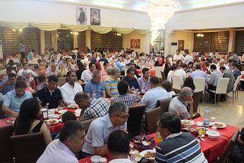 Elvan Göçer'den iftar yemeği