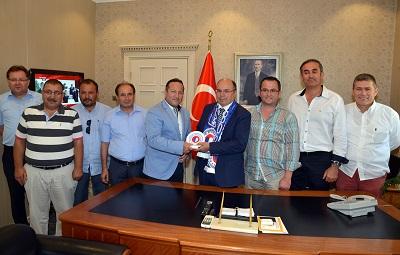 Fethiyespor Yönetimi'nden, Vali Çiçek'e ziyaret