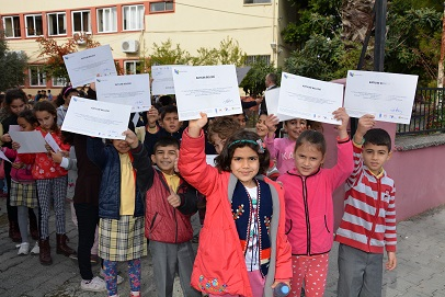 ORTACA'DA SOSYAL MEDYA OKURYAZARLIĞI EĞİTİMİ