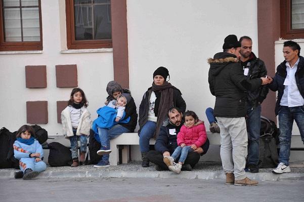 123 kaçak göçmen yakalandı