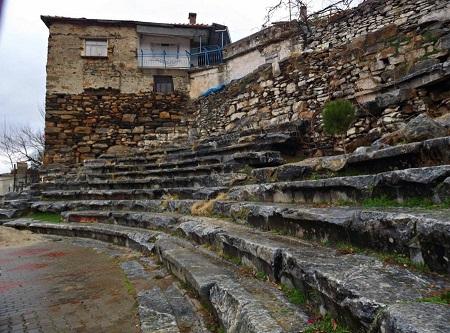 Antik Tiyatro otopark olmaktan kurtuldu