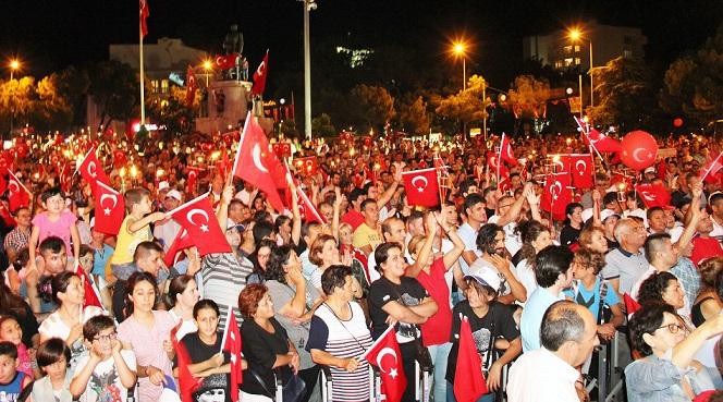 Fener Alayında 3 bin kişi yürüdü