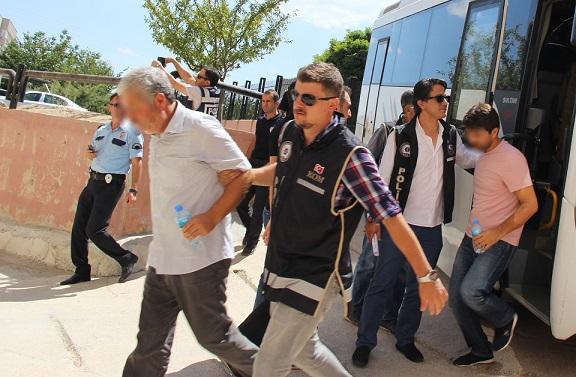 İşadamları tutuklandı