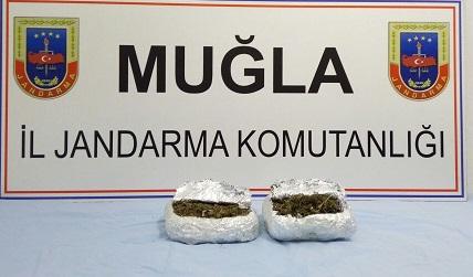 Fethiye'de 380 gram esrar yakalandı