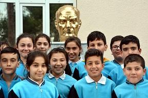 Atatürk Büstleri yenileniyor