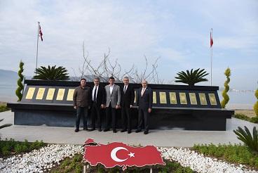 Feyzioğlu, Şehitlere Saygı Anıtını ziyaret etti