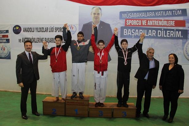 Taekwondo müsabakaları yapıldı