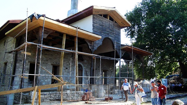 Tarihi cami ibadete açılacak