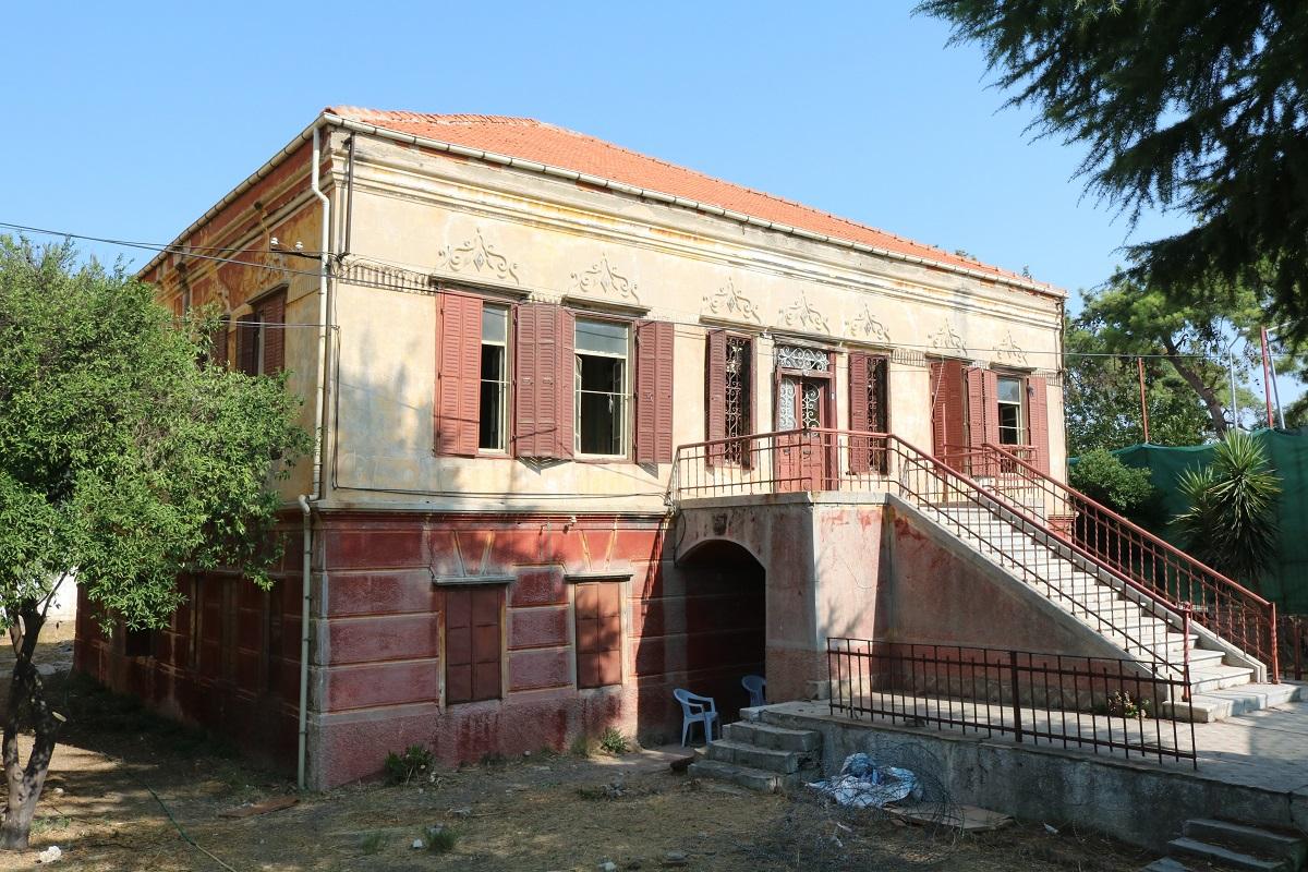 Tarihi bina ayağa kaldırılacak