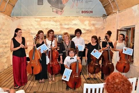 Viyolonsel öğrencilerinden konser