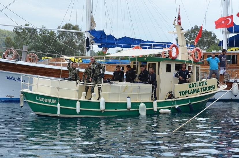 Denizden 500 kg katı atık çıktı