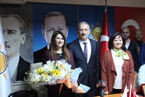 AK Parti başkan adayları tanıtıldı