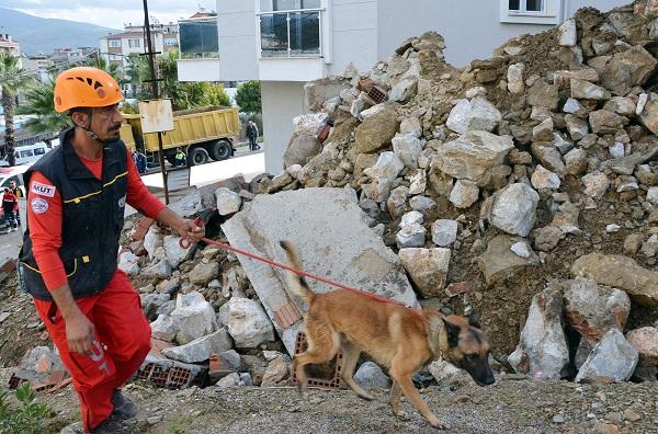 Milas'ta yaşanan göçükte korkulan olmadı