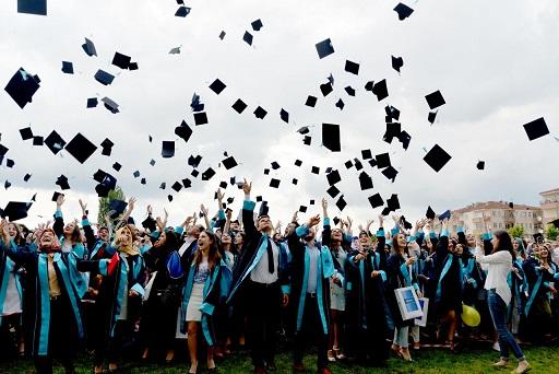 İşsiz üniversitelilerin nüfusu 55 ili geçti