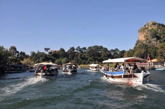 Dalyan Kanalı can çekişiyor