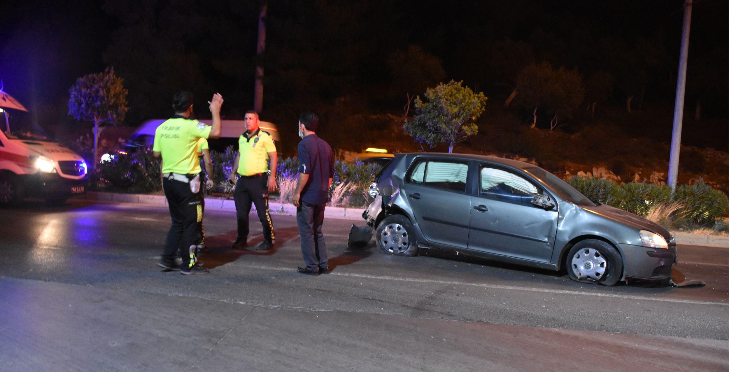 Muğla'da zincirleme trafik kazası sonucu 1'i polis 3 kişi yaralandı