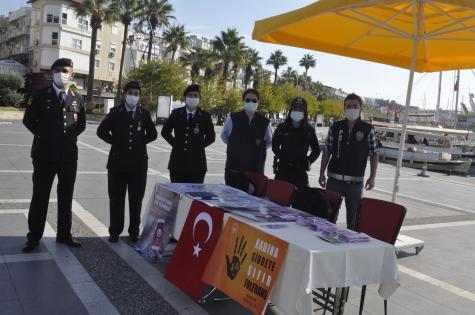 Polis, Jandarma Şiddete Karşı Broşür Dağıttı