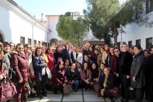 gökcan'dan 5 aralık dünya kadın hakları günü mesajı