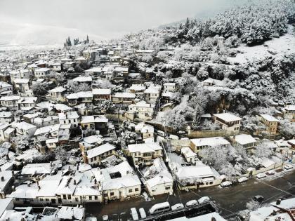 Beyaza bürünen Muğla evleri havadan görüntülendi