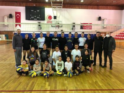 Muğlaspor Kadın Voleybol Takımı Sezona Hazırlanıyor