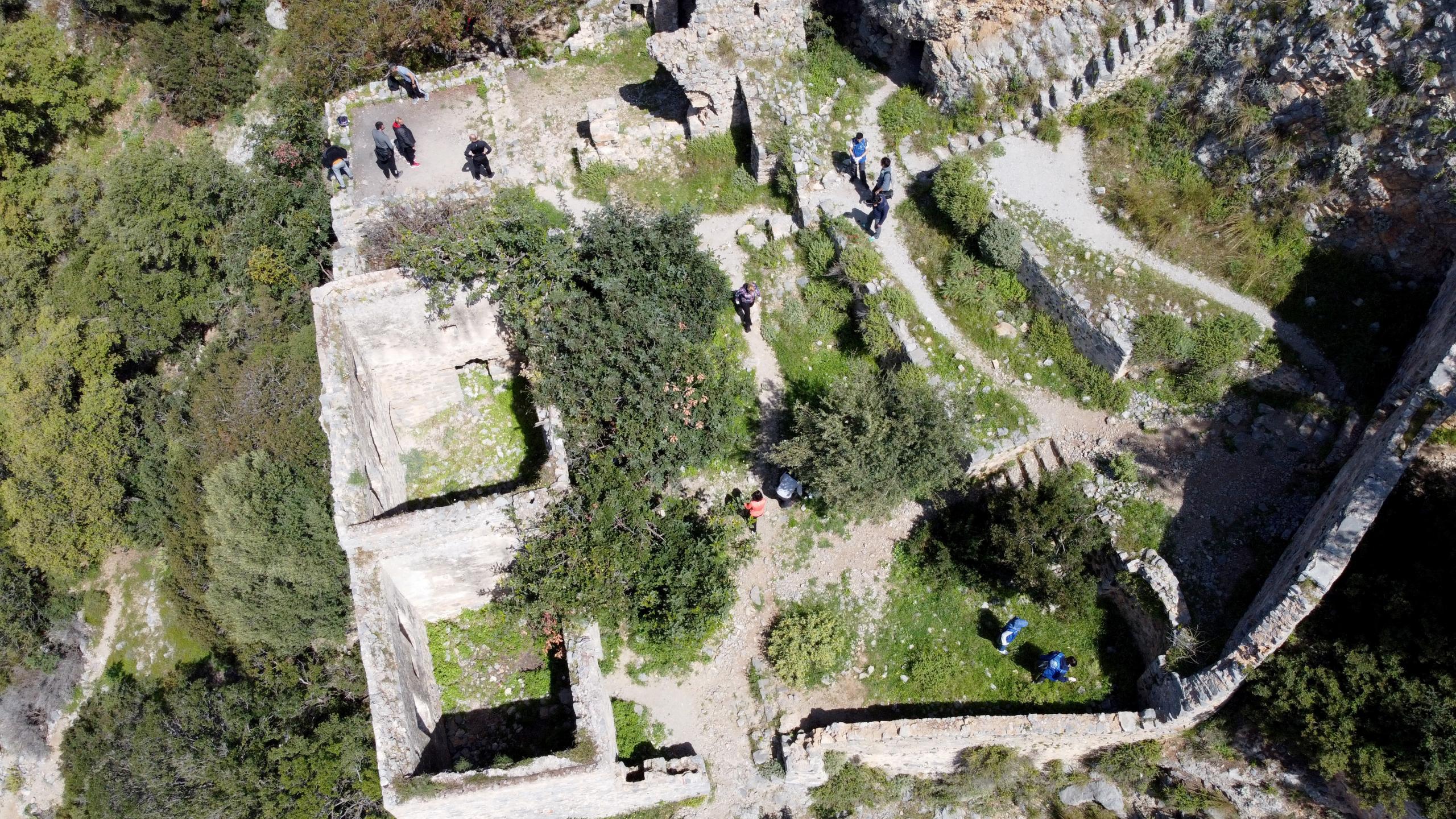 Fethiye'deki Afkule Manastırı'nda çevre temizliği yapıldı