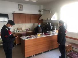 Covid-19 tedbirlerine uymayan 82 kişiye ceza kesildi
