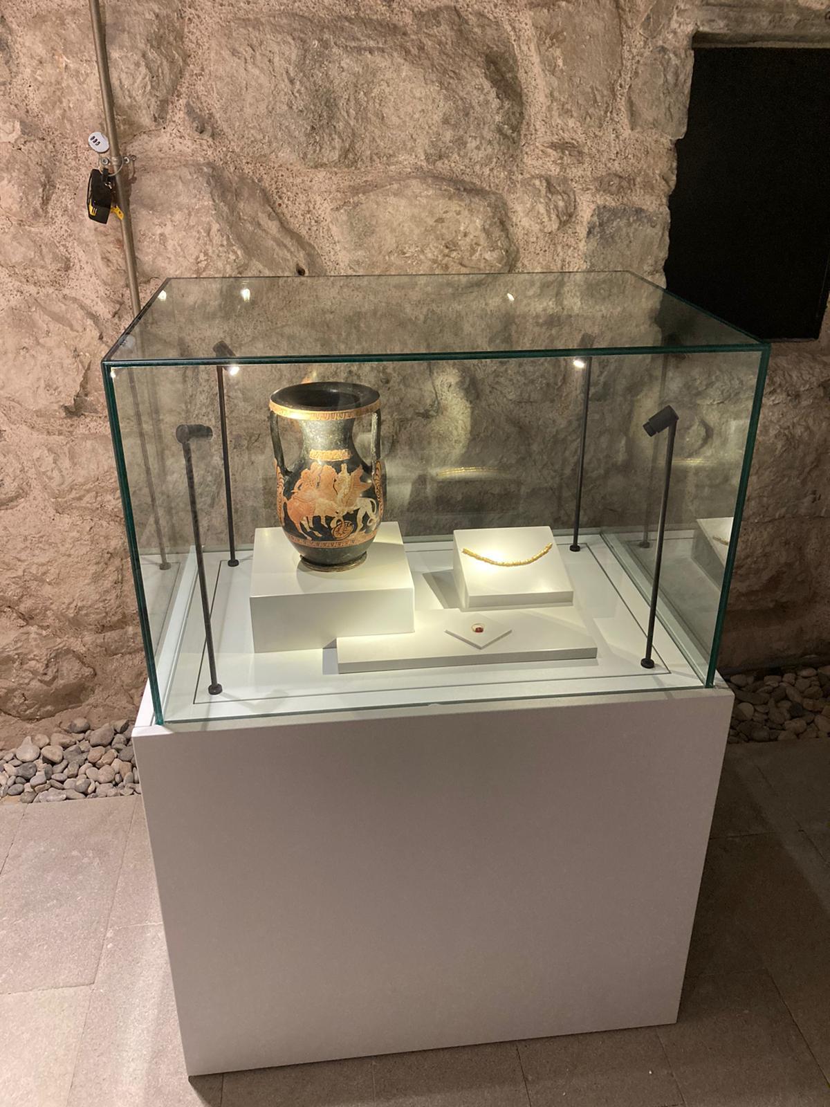 lahitte bulunan eserler Bodrum Kalesi'nde sergilenmeye başlandı