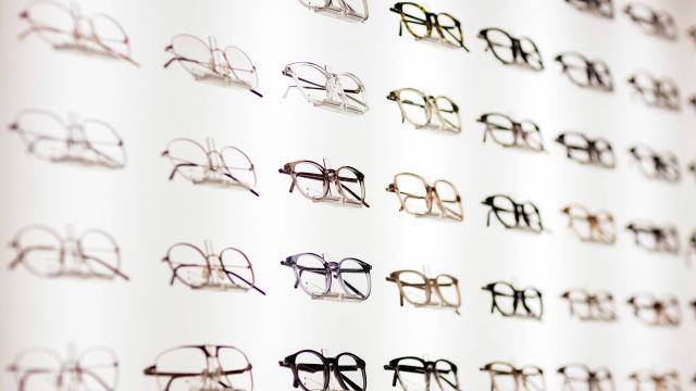 Bakanlık 3 soruyu daha yanıtladı: Gözlükçüler açık mı?