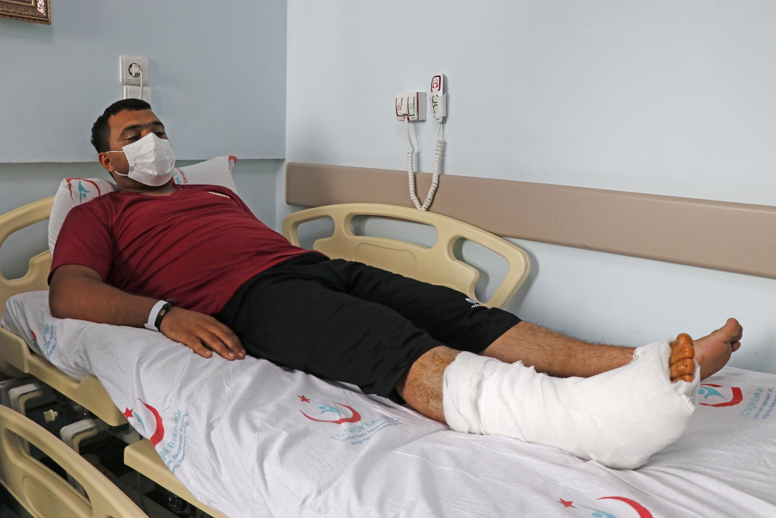 Azerbaycanlı itfaiyeci ameliyat edildi